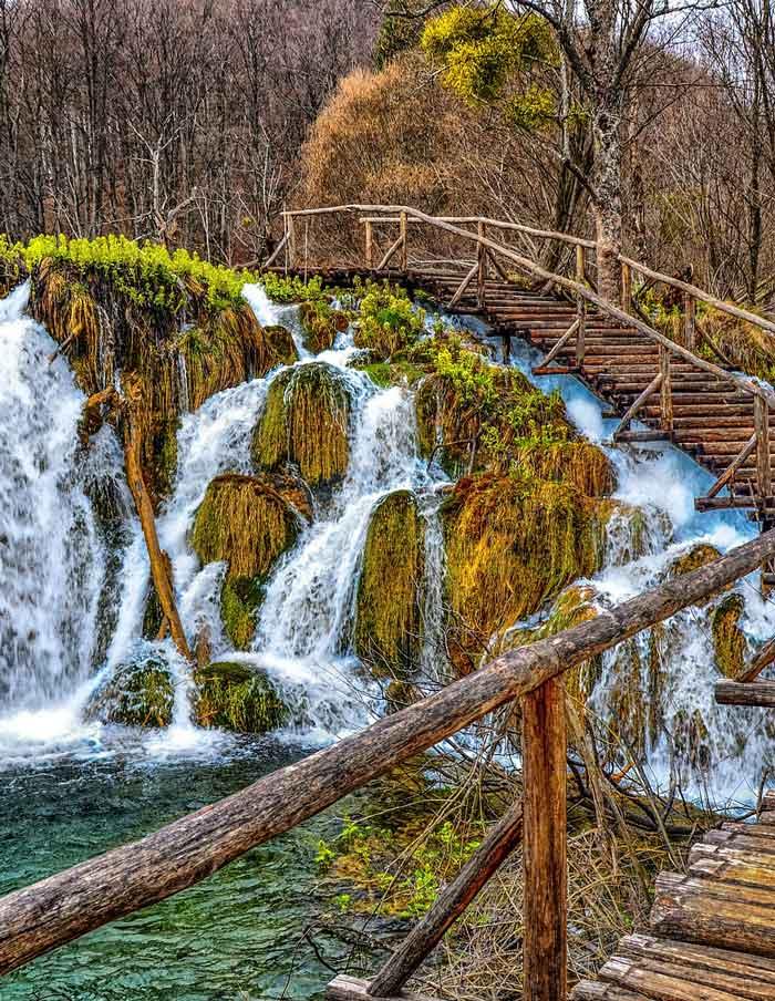 Plitvice Lakes National Park: Amazing Plitvice Lakes @ Zadar Tours And Excursions